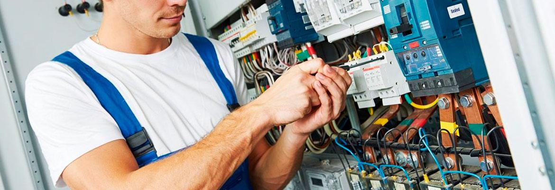 Segurança em Instalações e Serviços em Eletricidade NR 10 - Eletricista